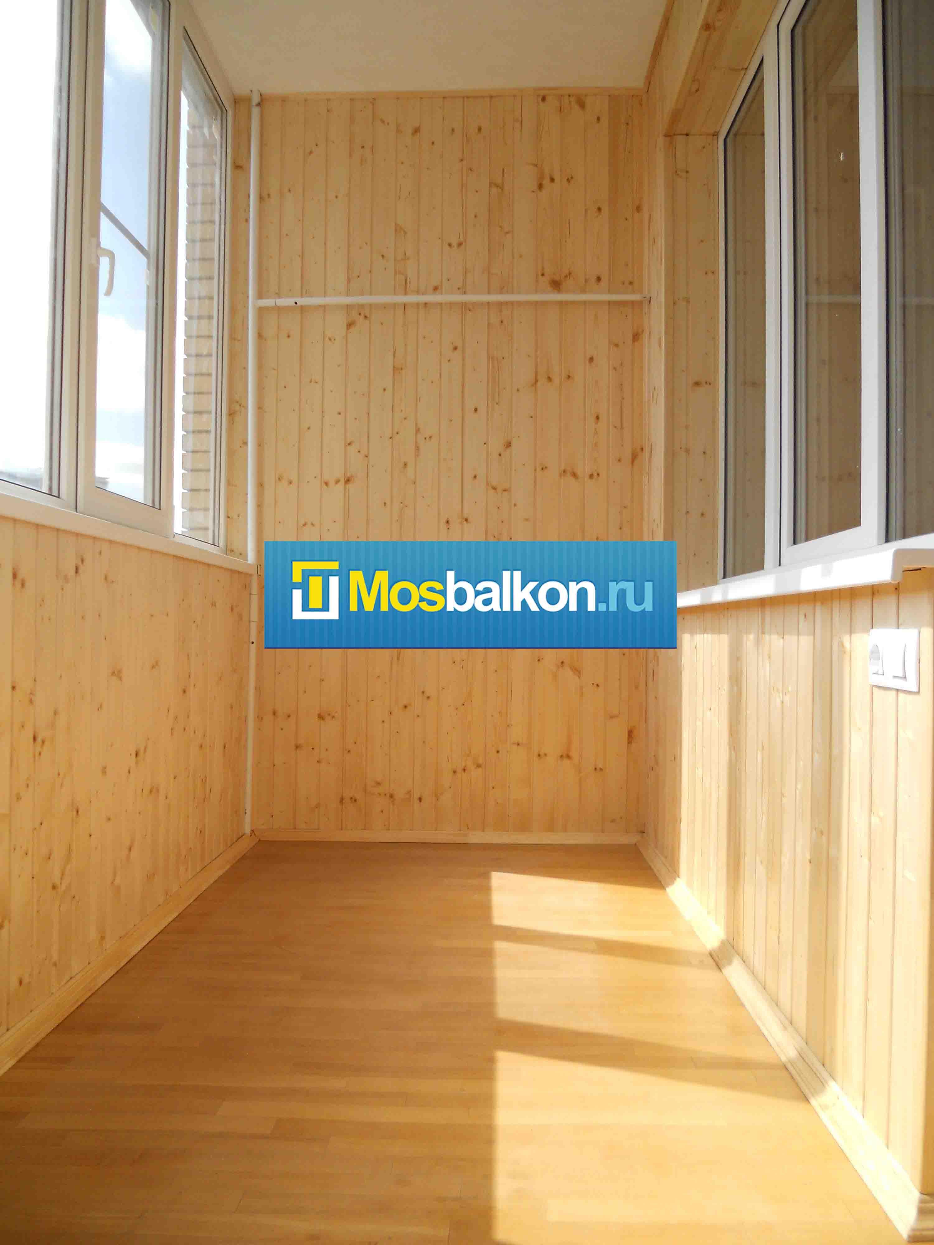 Остекление балкона деревянной вагонкой балконы витражное остекление